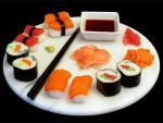 Побалуйте себя и близких суши и роллами